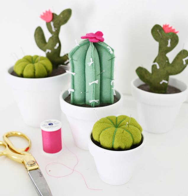cactus de fieltro terminado