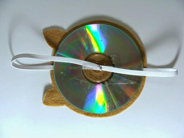 Sujetar CD con elástico