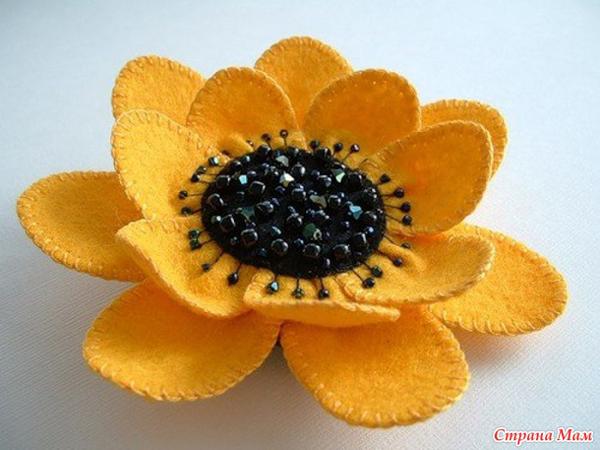 artesanías de fieltro de flores