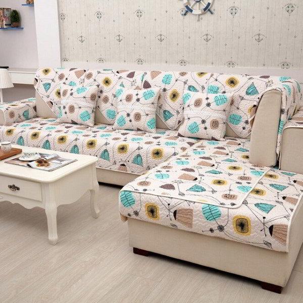 sofá de esquina colorido