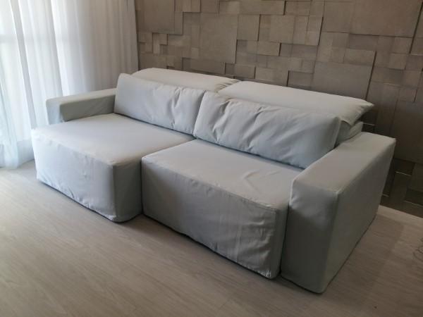 funda retráctil para sofá