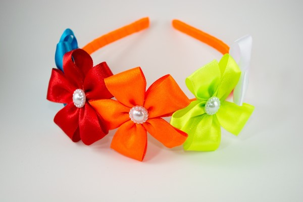 tiara-niño-con-flores