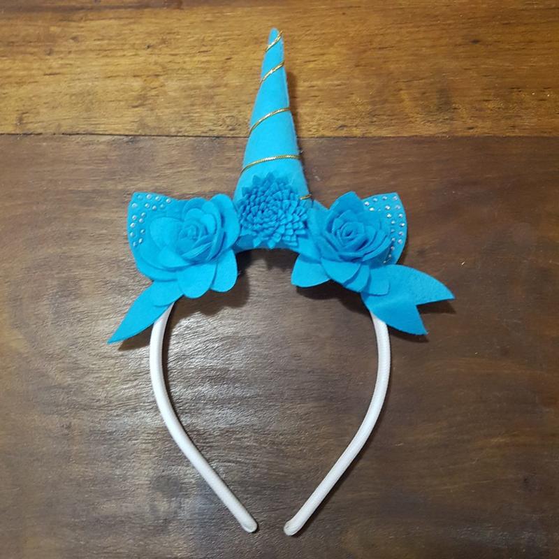 tiara de unicornio azul