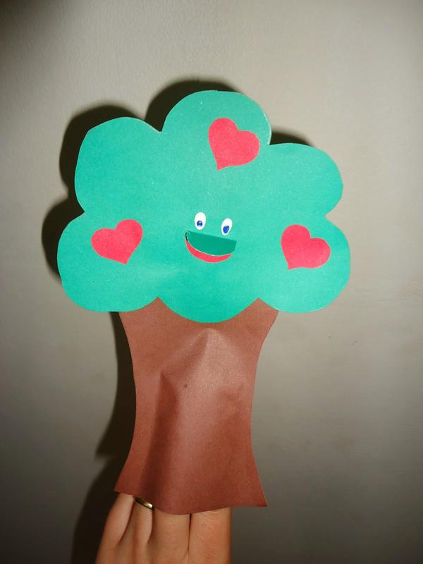 marioneta eva árbol