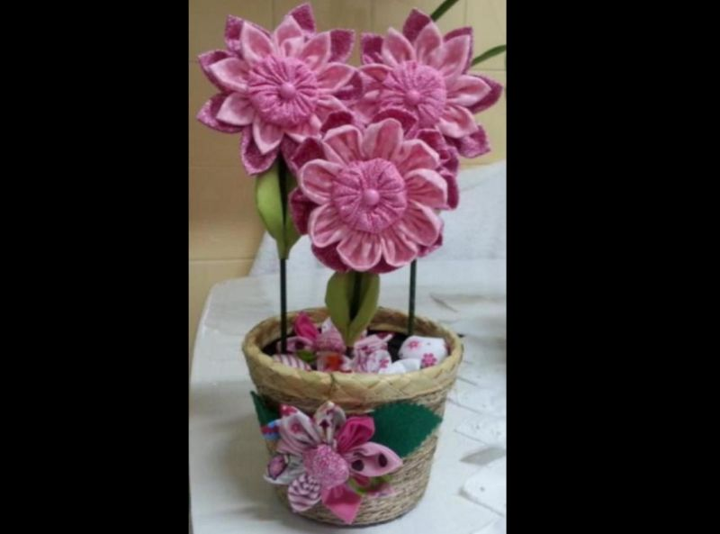 flor con tejido común