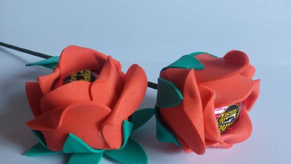 bombonera eva flor con hoja