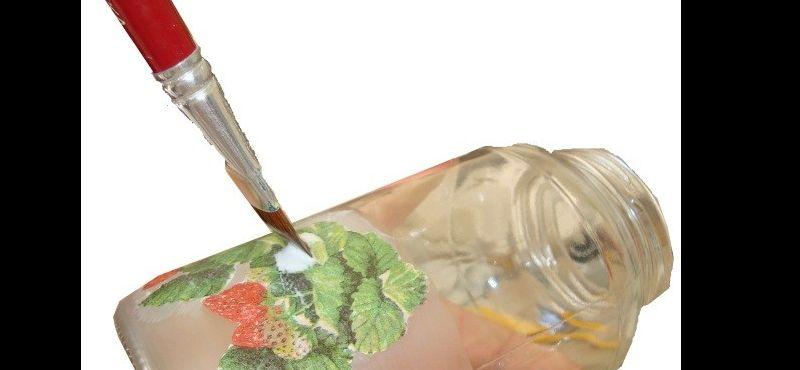 tarro de cristal decorado con tela y decoupage