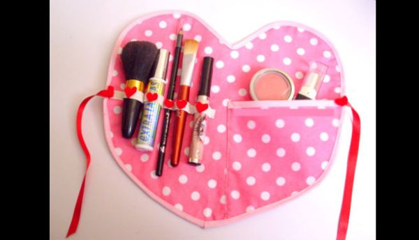 soporte de maquillaje con solapa de tela