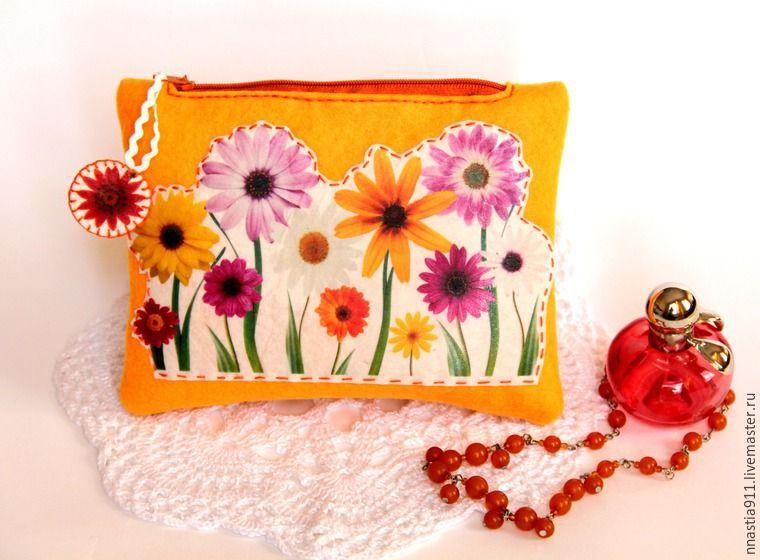 La bolsa de fieltro contiene lo que quieras (Foto: livemaster.ru)