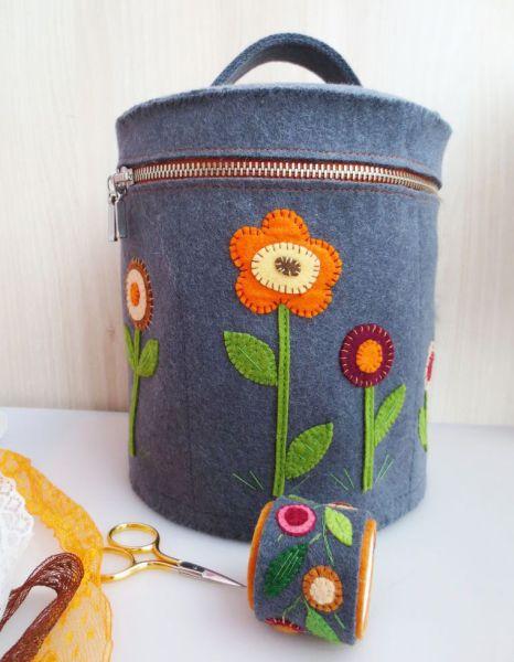 El contenedor de fieltro es funcional y aún puede decorar sus esquinas (Foto: handmadiya.com)