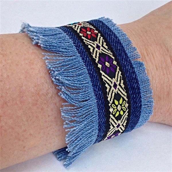 pulsera de tela azul