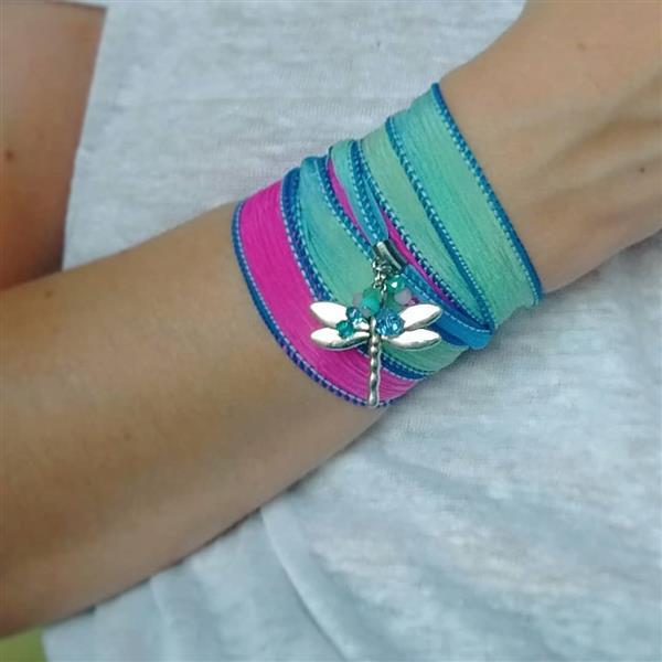 pulsera de tela de raso