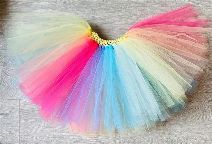 falda de tul arcoiris