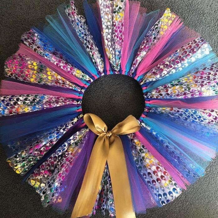 falda de colores brillantes