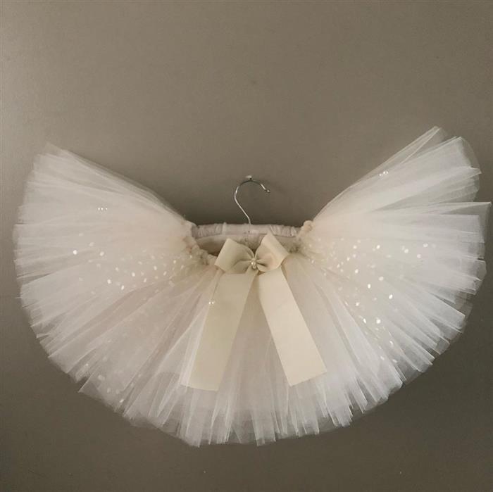 falda de tul blanco con brillo