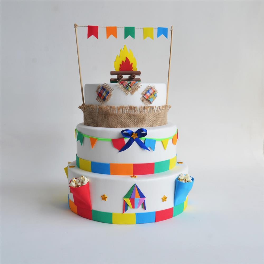 torta falsa de la fiesta de junio