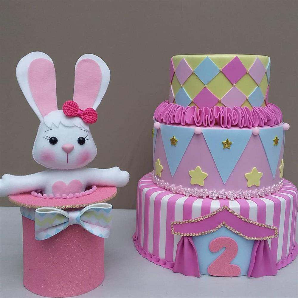 pastel de circo rosa