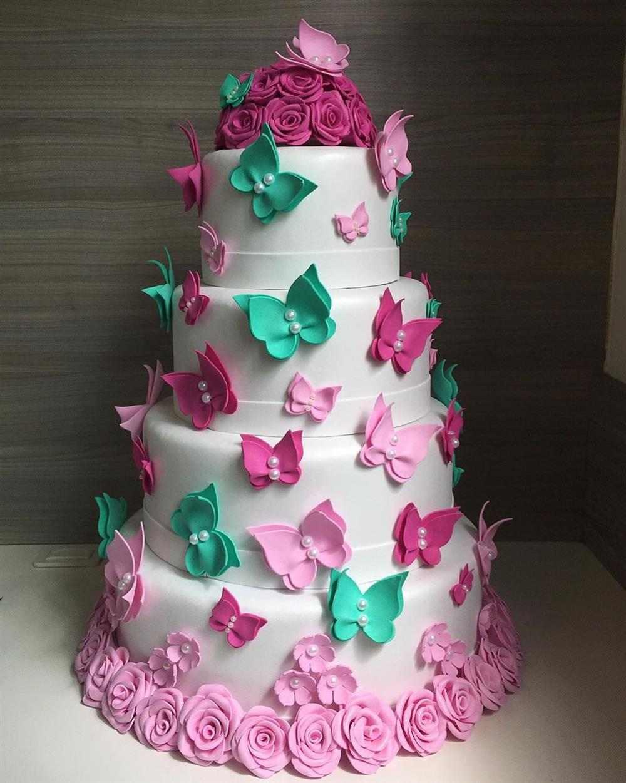 pastel de mariposas falso