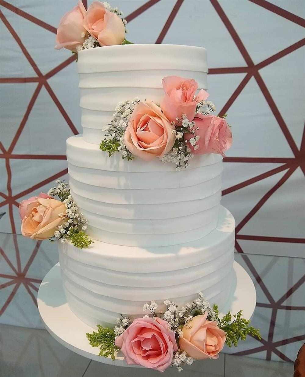 falso pastel de bodas eva