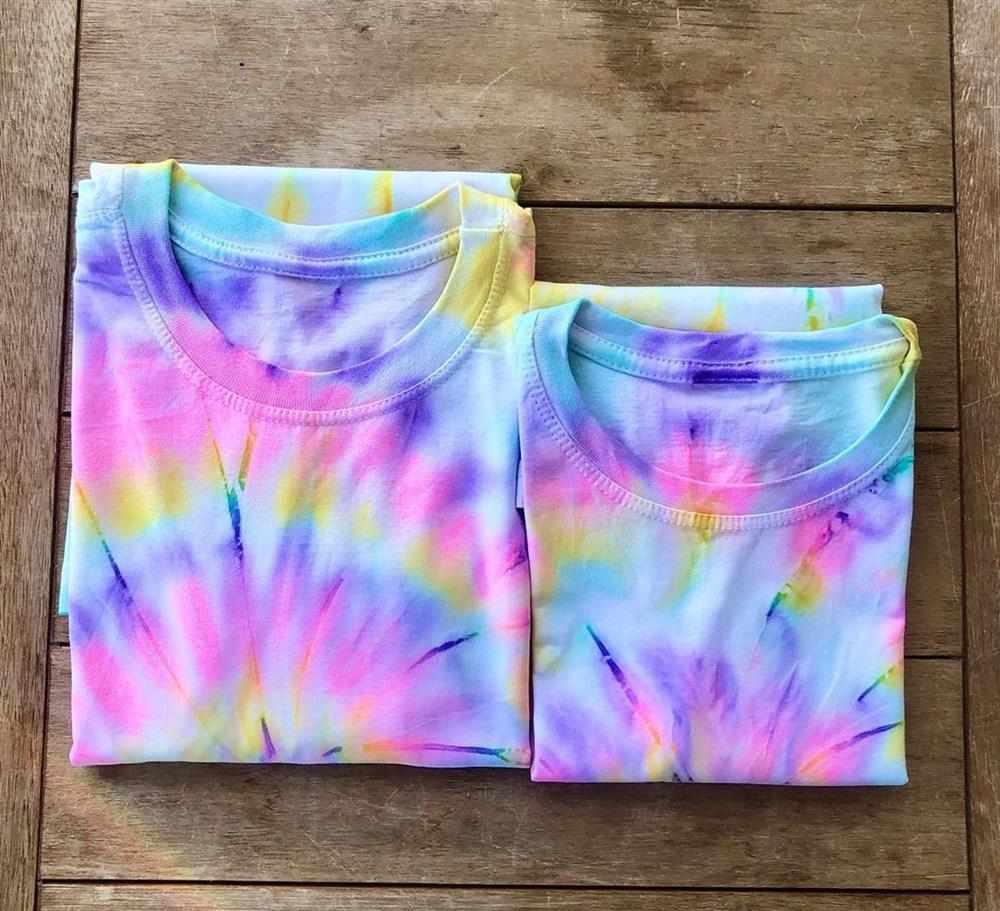 blusa tie dye