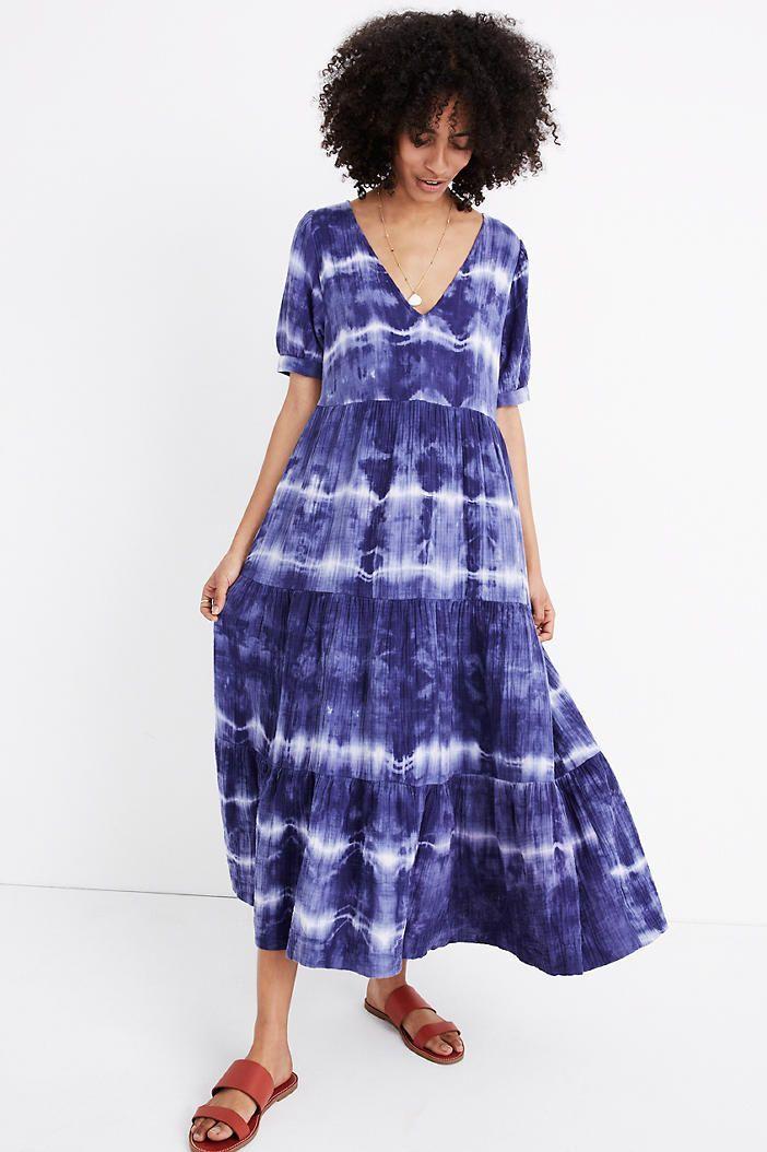 vestido con efecto tie dye azul y blanco