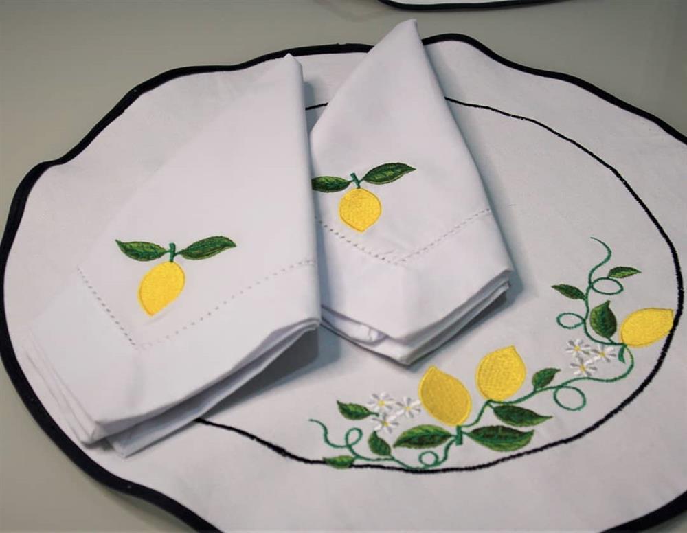 Manteles individuales de limón siciliano
