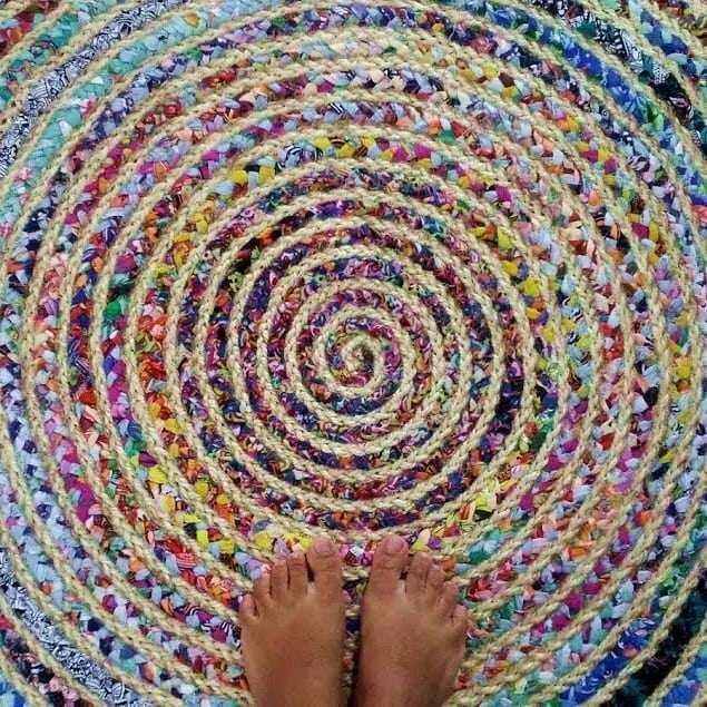 alfombra al por menor atada
