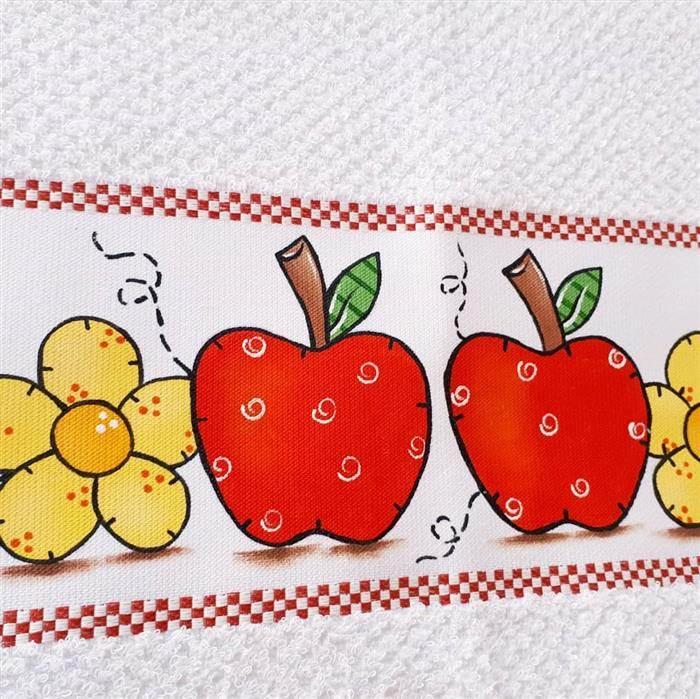 frutas en un paño de cocina