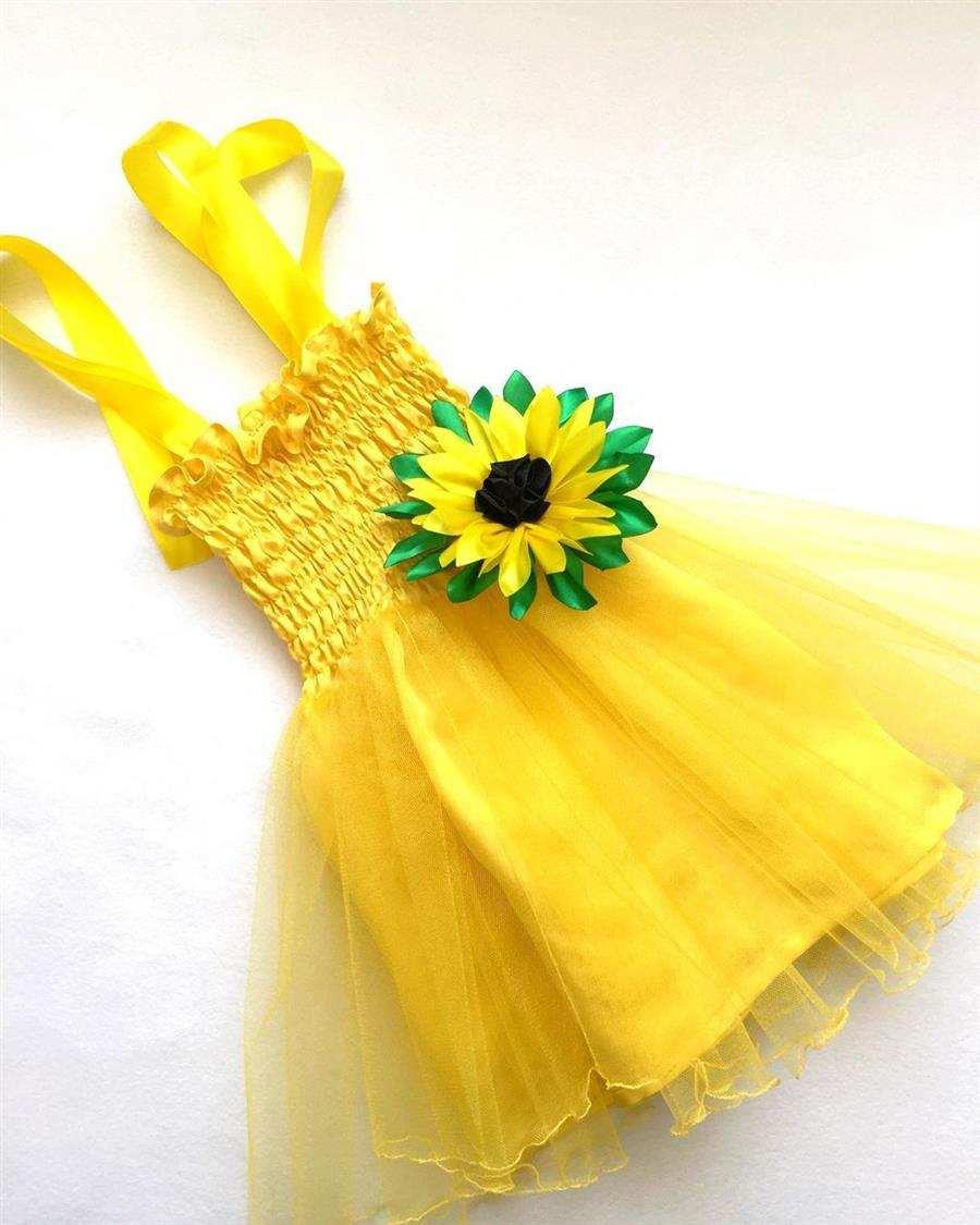 Vestido amarillo personalizado