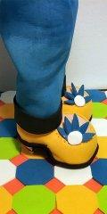 fofucha goma eva detalle zapatos 25