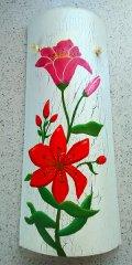 Teja decorativa artesanal lisa flor roja craquelada